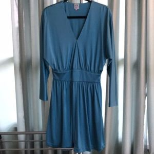 NWOT Halston Heritage Aqua Dolman Sleeve Dress